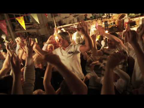 Dries Roelvink - Geen Crisis Waar Dries Is