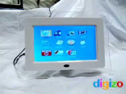 Digital Photo Frame: 7 Inch InfraCurve