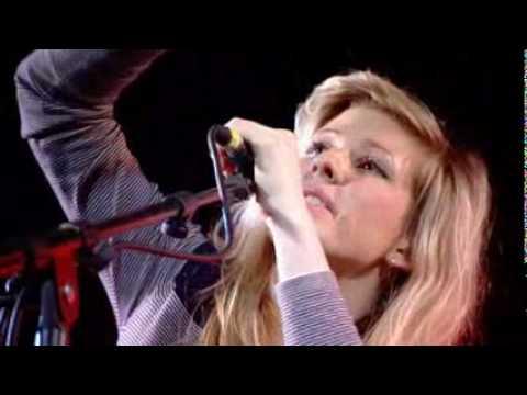 Ellie Goulding - Starry Eyed (live)