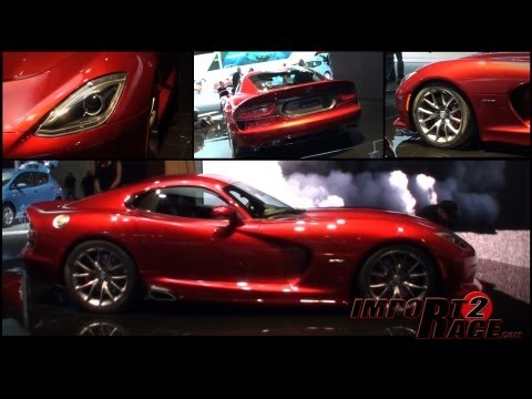 2013 SRT Viper & racing Viper @ New York Autoshow