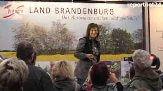 "Schlagerstar Nicki in der Brandenburghalle ""Musikmix und Interview hier"""