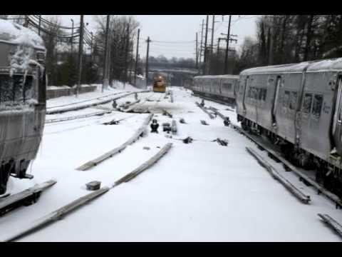 Snowstorm sweeps northeast but falls short of...