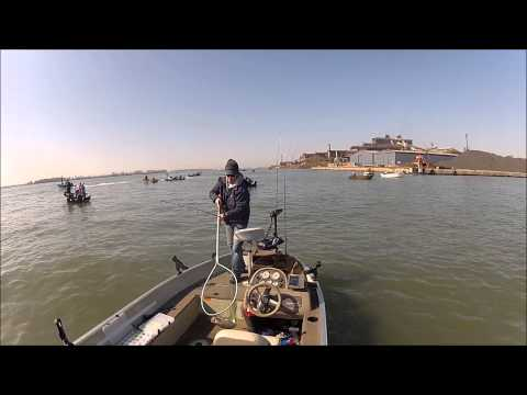 Detroit River Walleye Fishing Solo April 28th 2013