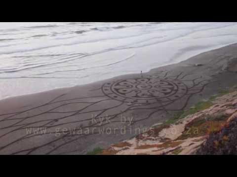 Kleine Gode Musiekvideo - Erns Grundling gesels met Rozanne Gewaar en Andres Amador