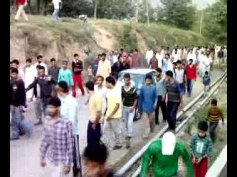 kashmir protest for dissacration of quran in balhama.mp4