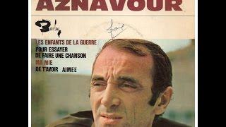 Watch Charles Aznavour Pour Essayer De Faire Une Chanson video