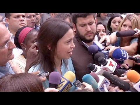 السلطات الفنزويلية تتهم المعارضة ماريا كورينا ماشادو بالتآمر لإغتيال الرئيس مادورو