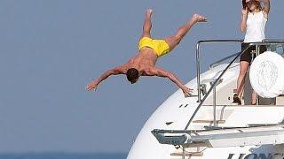 Cristiano Ronaldo: Baile, cuerpazo y acrobacias en el mar
