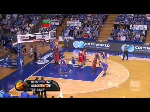 Adelaide 36ers - Perth Wildcats (Partido 2,
