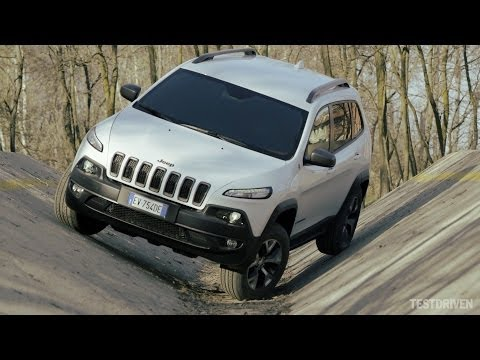 2014 Jeep Cherokee Trailhawk Off-road Test Ground