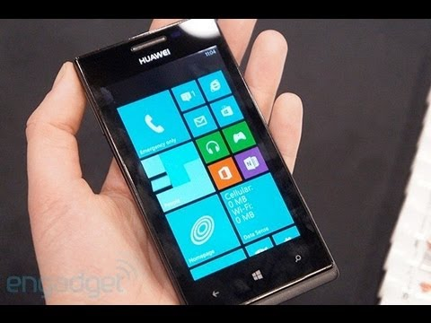 Huawei Ascend W1 Hands On   Engadget At CES 2013