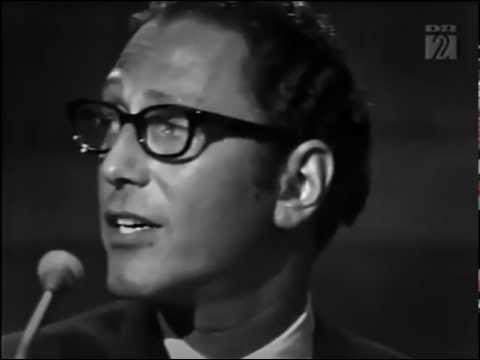 Tom Lehrer - I Hold Your Hand in Mine