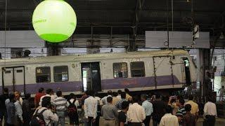 Mumbai: CCTV footage of local train crash at Chruchgate Station