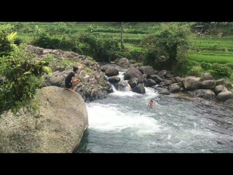 #VLOG Wisata Alam Ciamis Cadas Ngampar Sadananya (Cileueur River)