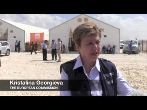 Commissioner Georgieva visiting NRC in Zaatari refugee camp