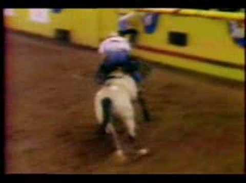 Chris Ledoux - He Ride The Wild Horses