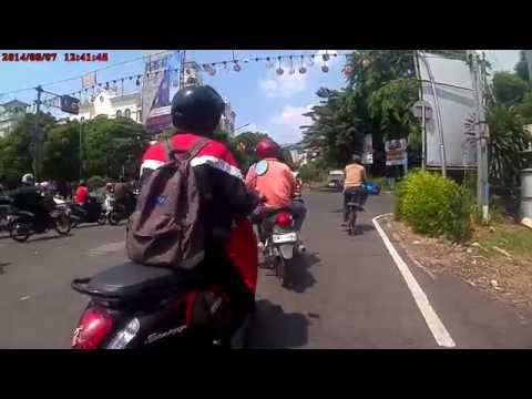 BRICA B-PRO 5 Action Cam on Suzuky Skywave 125 motorcycle - Gandaria City - Hang Lekir (Long route)
