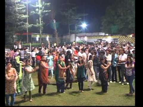Gujarati Garba Song Tamara Hum Mane Bahu Vala - Lions Club Kalol - Jignesh Kaviraj - Day 3 Part 12 video