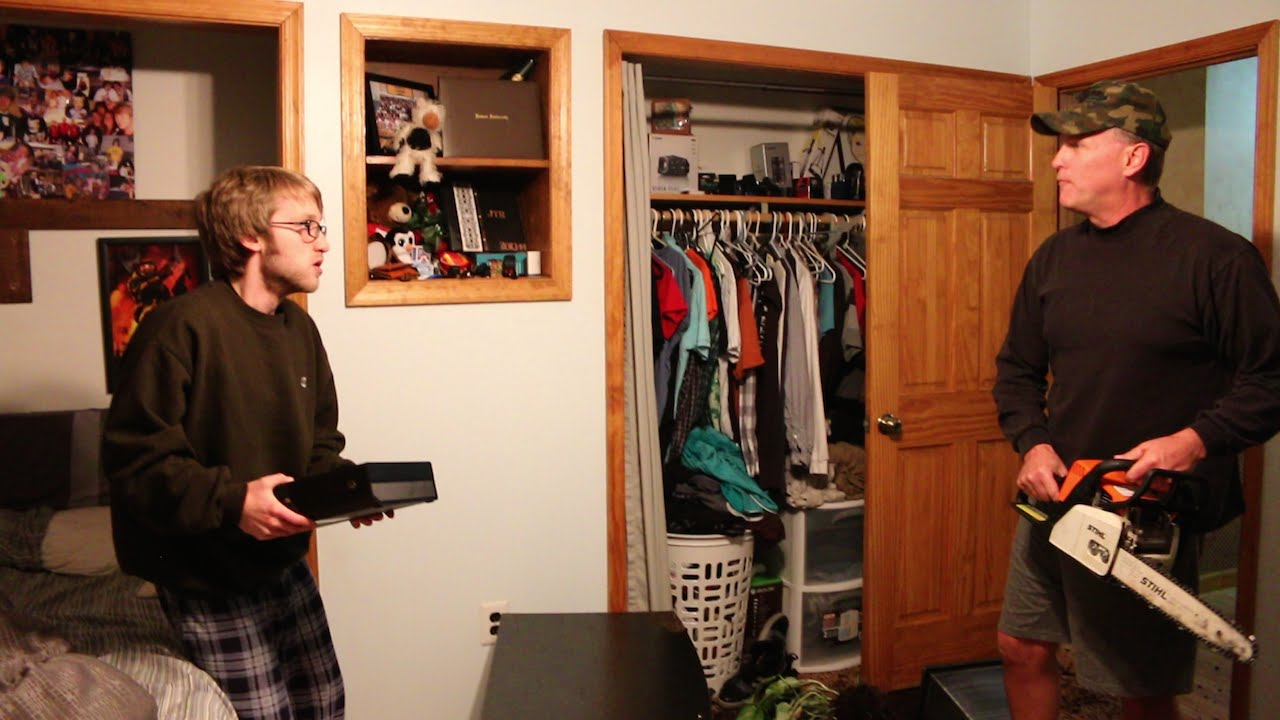 Kid Destroys Brother S Room