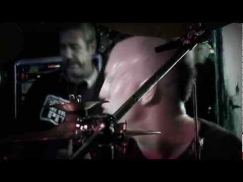 Rare Lost footage 2005 Banyan Mike Watt(sings) Stephen Perkins Nels Cline(on fire)