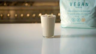 Bulk Eats: Vegan Muscle Builder Smoothie Recipe
