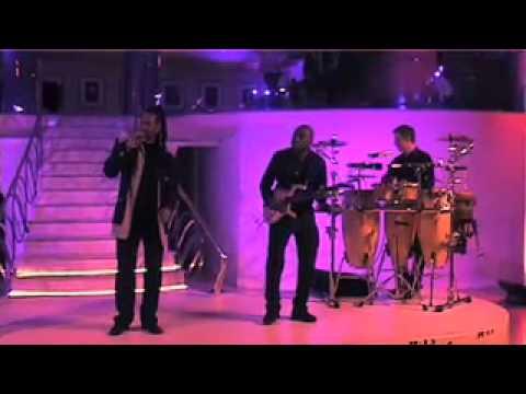 11 06 DQ live at Quaglinos