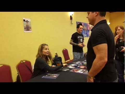 Joe meets Linda Hamilton at Horror Hound