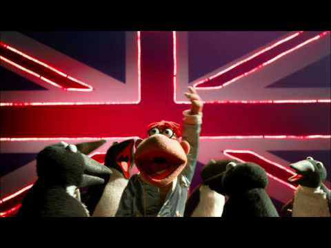 Muppets Most Wanted Ost - 10. Moves Like Jagger (w lyrics) video