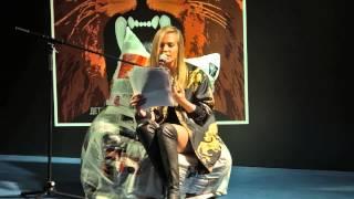 Наталья Чистякова-Ионова (Глюкоза) на Пионерских чтениях на ипподроме