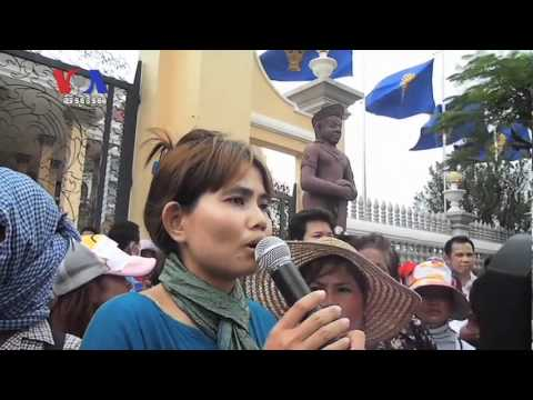 Protesting Evictees Demand Release of 15 Representatives (Cambodia news in Khmer)