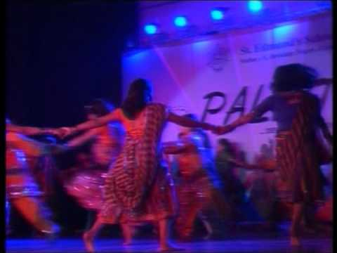 Dance performance on the song Dhol Baje