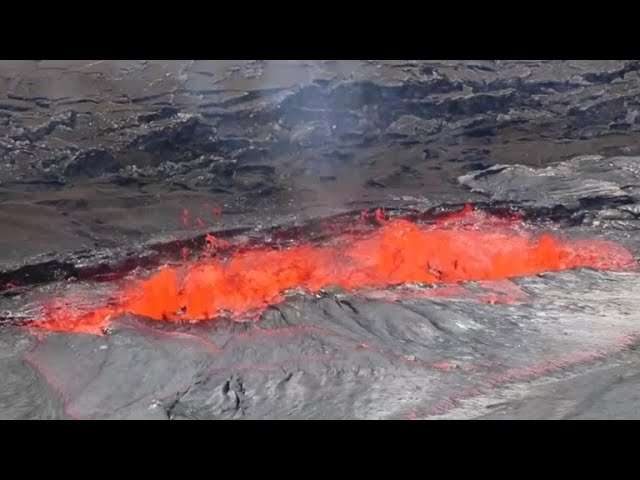 Residents warned about sulfur dioxide exposure after Hawaii volcano erupts