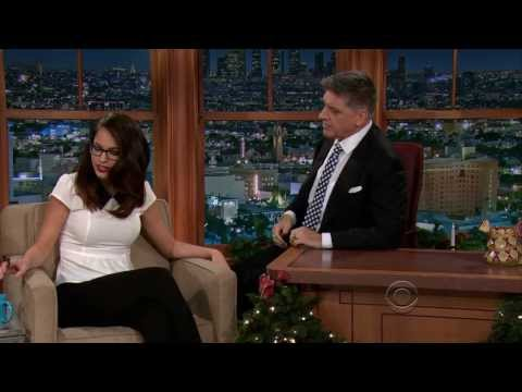 Alexis Knapp - The Late Late Show With Craig Ferguson  12-13-2013