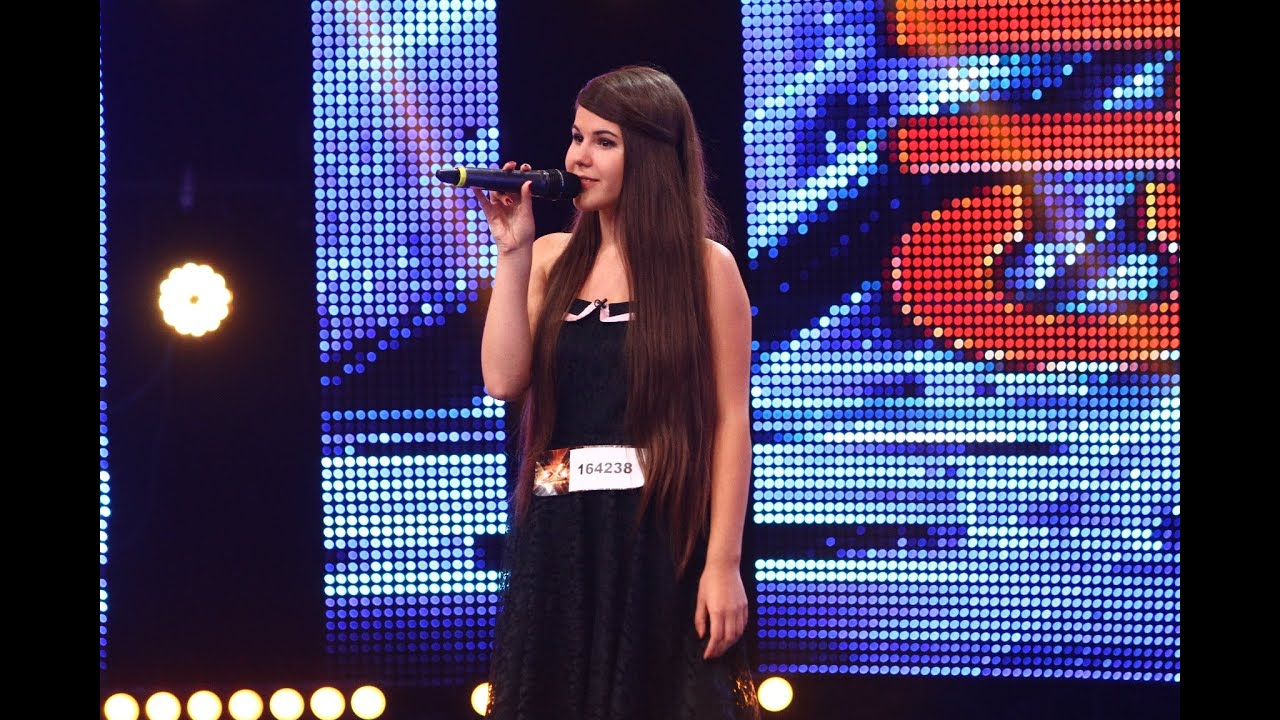 "Whitney Houston - ""I Have Nothing"". Vezi interpretarea Anamariei Krisztina Blaga, la X Factor!"