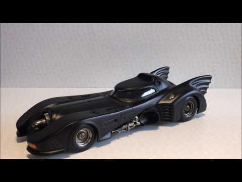 Batman Returns Hot Wheels 1:18 Heritage Die Cast Batmobile Review