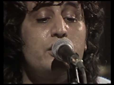 Pino Daniele - Medley (Chillo è nu buono guaglione - Sotto 'o sole)  (Live@RSI 1983)