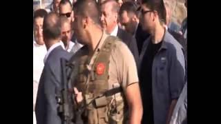 Kısıklı'daki vatandaşlardan Cumhurbaşkanı Erdoğan'a sevgi gösterisinde bulundu