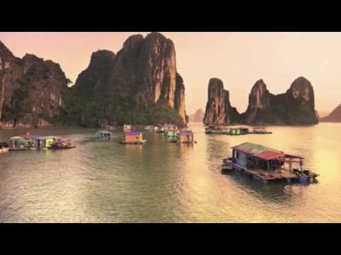 Halong Bay - Vietnam - UNESCO World Heritage