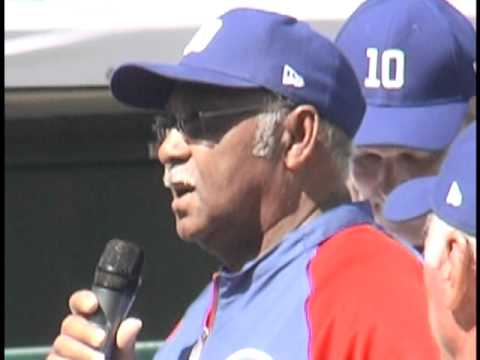Chicago Cubs Legend Ron Santo Honored at Spring Training