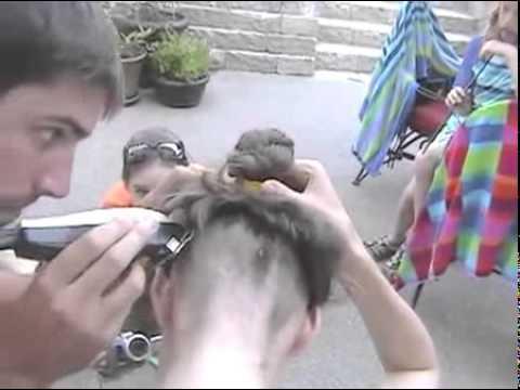 Порно бритье головы