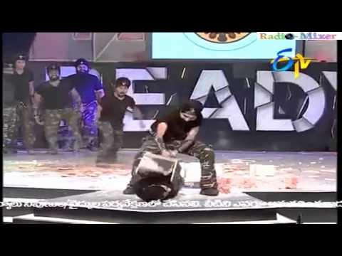 Fakires en American Idol de la India LOL! Brutal (Bir Khalsa Group Punjas)