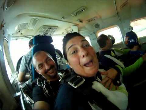 Salto Duplo Adriane - Instrutor Rogério Nacir - Skyradical