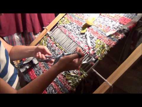 71Станок для плетения из ткани