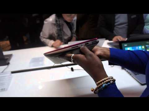 Hands on with the ASUS VivoBook S200 11.6 inch