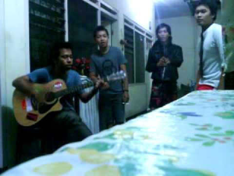 Home garage Dmasiv - aku percaya kamu.mp4