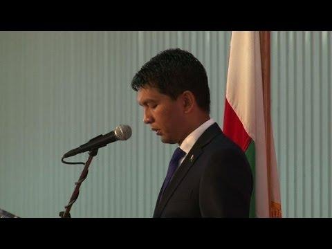 Fin de la Transition à Madagascar, Rajoelina quitte le pouvoir