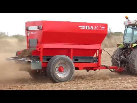 Abonadora Vila Sv-4 esparce productos orgánicos y minerales