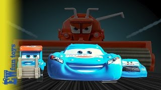 Lightning McQueen DINOCO Race getting beat Chick hick Mater Frank chasing dream Disney Cars Toys