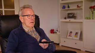 De mannen willen tv kijken... | De wereld volgens 80-jarigen