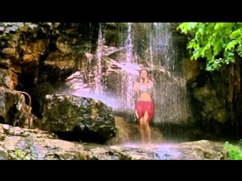 Urmila Matondkar In Wet Dress.mkv video